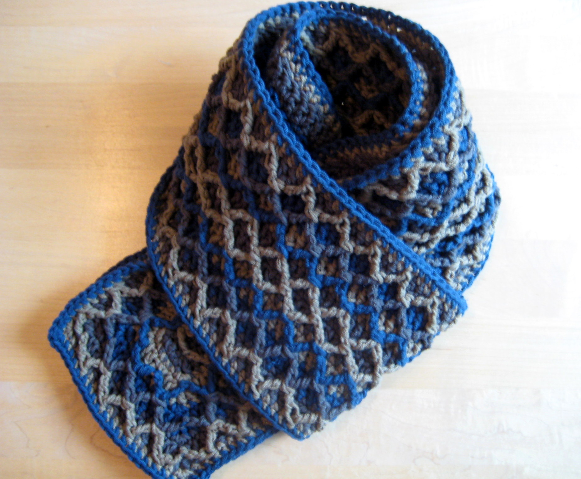 how to change colors when knitting a scarf