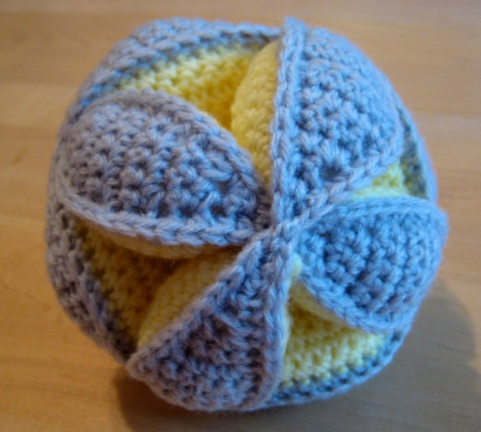 Assembled puzzle ball