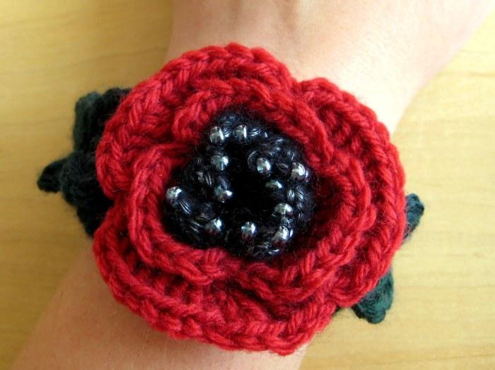 Beaded Poppy Bracelet