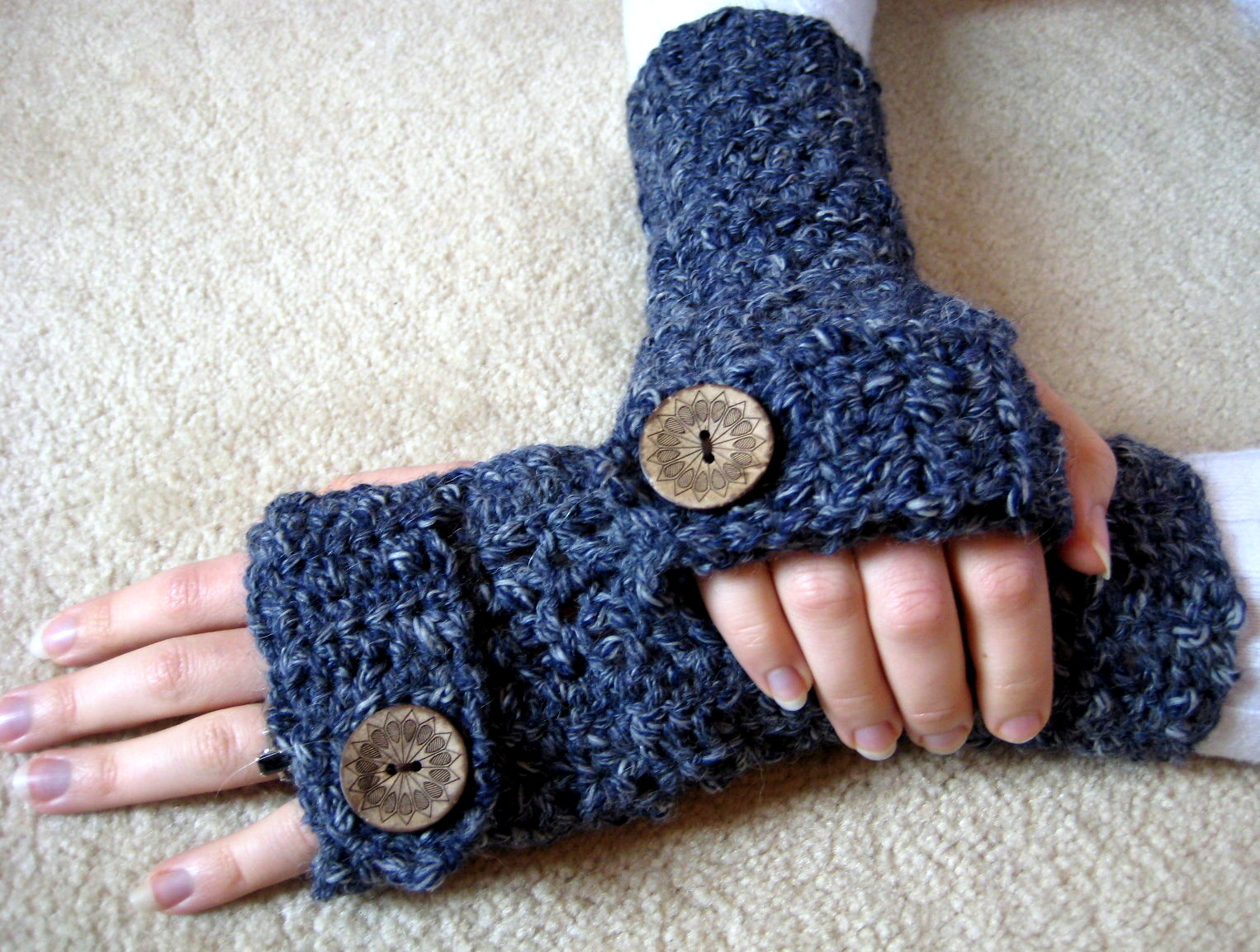 Easy Textured Fingerless Gloves | Make My Day Creative