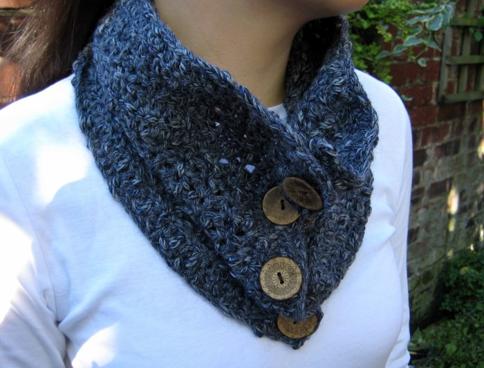 Easy Textured Cowl Pattern