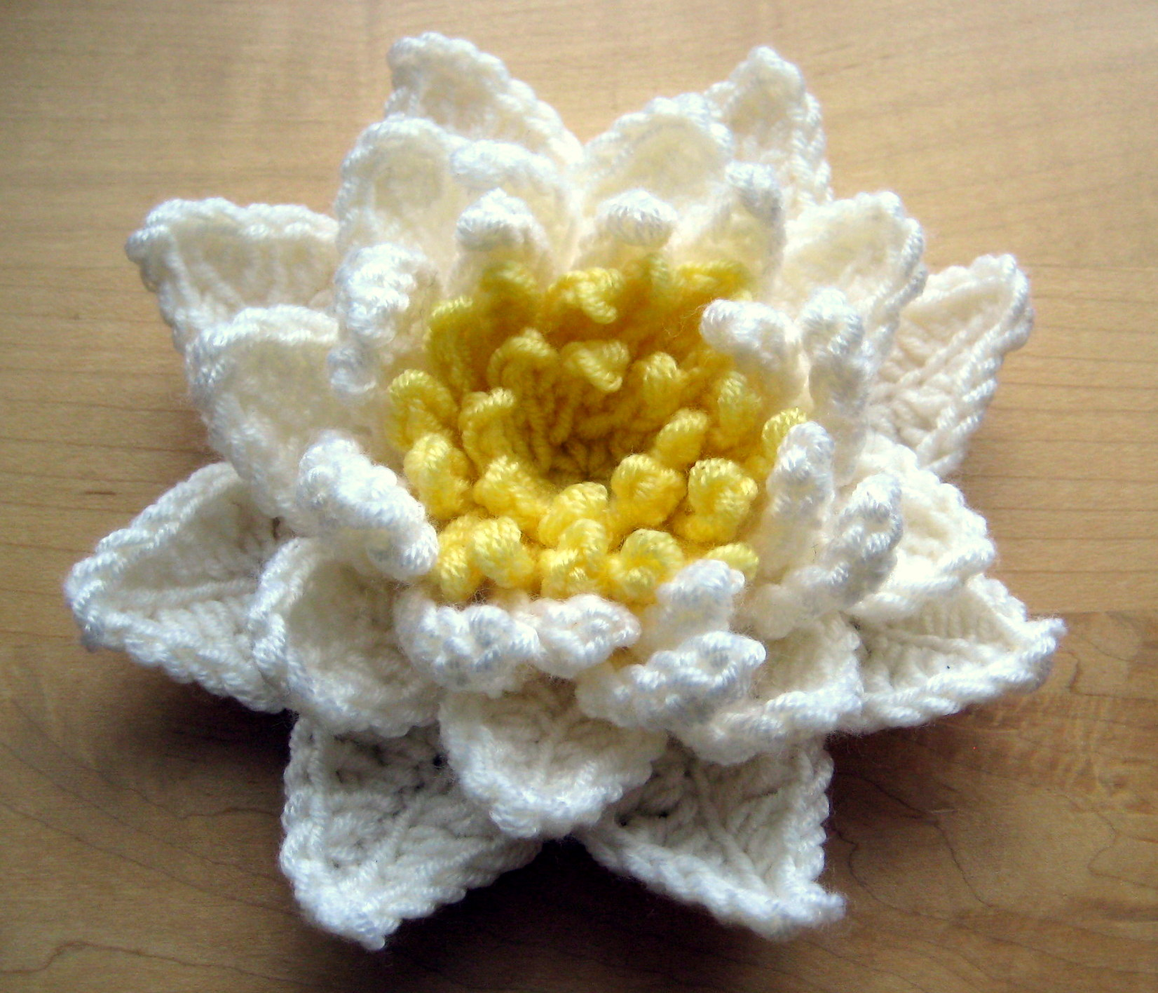 Water lily make my day creative water lily crochet pattern izmirmasajfo Gallery