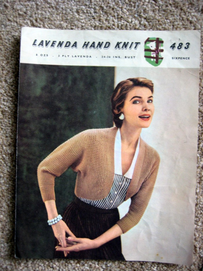 Knitted vintage shrug