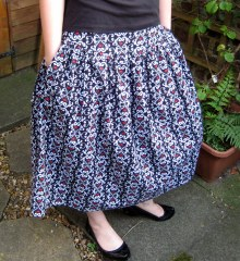 Wide Waist Band Skirt - with pockets!