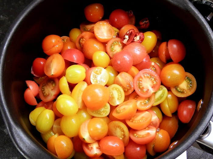 Rainbow Tomatoes Chopped